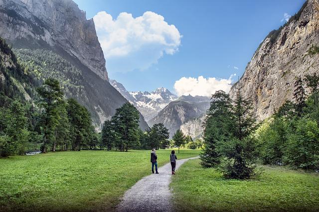 朝の散歩、こんなところを散歩したいよのイメージ画像