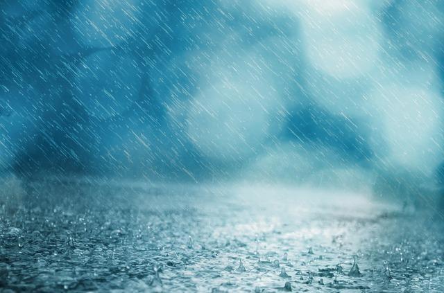 雨の日の寒い夜のイメージ画像