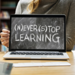 学びは止まらない!生涯学習、リカレントにMOOCを活用のイメージ画像